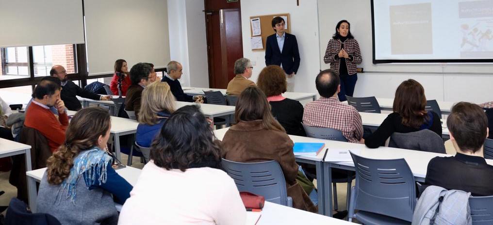 Concurrido Encuentro FERTILITAS para Médicos y Personal Sanitario